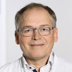 Prof. Dr Richard Stangl -  Specialist in Shoulder and Elbow Surgery - Portrait