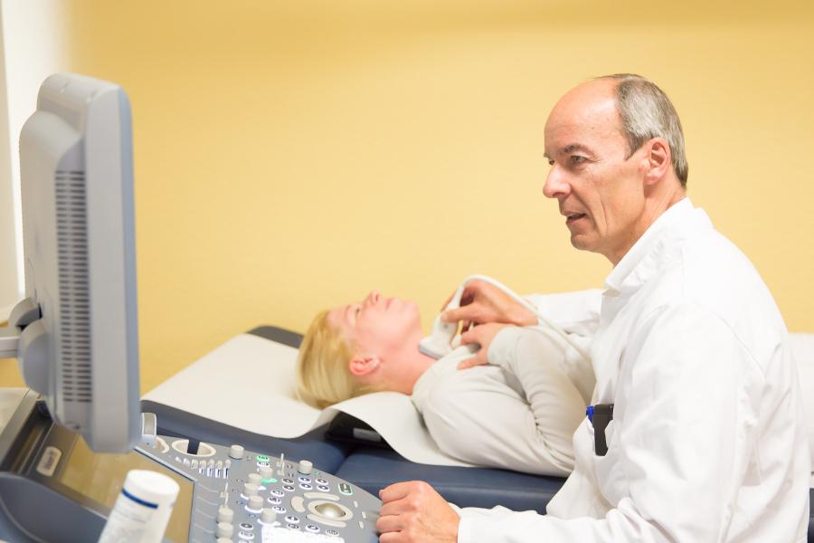 Dr. med. Schabram: Spezialist Endokrine Chirurgie