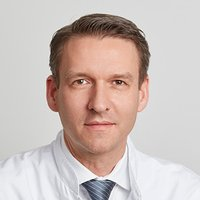 Specialist in Endoprosthetics Associate Prof. Dr Sandro Kohl - Portrait