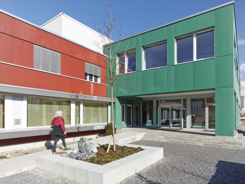 centre de protonth u00e9rapie suisse   institut paul scherrer  psi