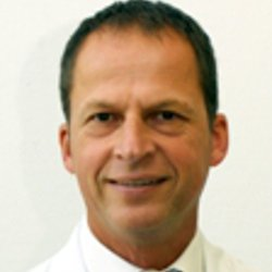 Specialist in respiratory and allergic diseases Prof. Dr Stefan Zielen MD - Portrait