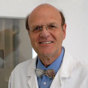 Specialist in Oral and Maxillofacial Surgery and Dental, Oral and Orthodontic Medicine Univ.-Prof. Dr Dr Rolf Ewers - Portrait