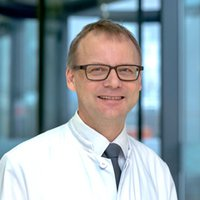 Prof. Dr Heiner Wedemeyer - Specialist in Gastroenterology & Hepatology in Essen - Portrait