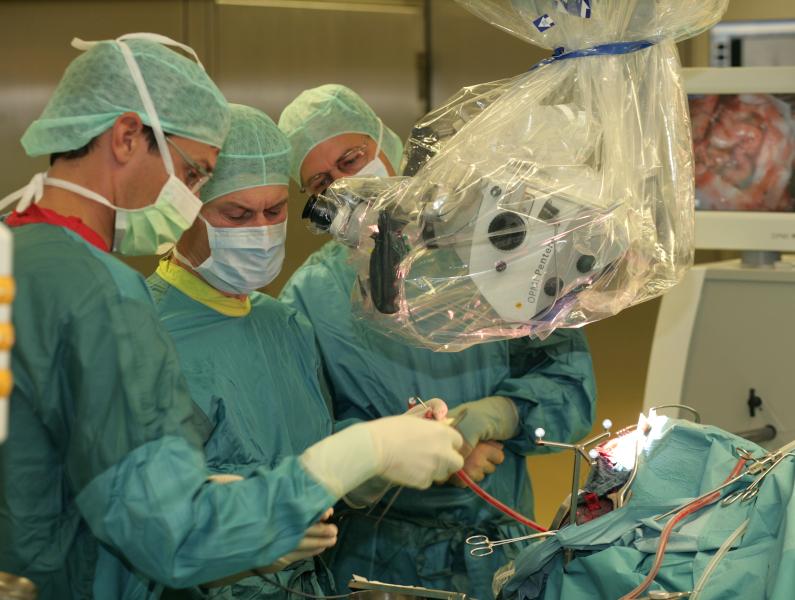 Hirnblutung Op